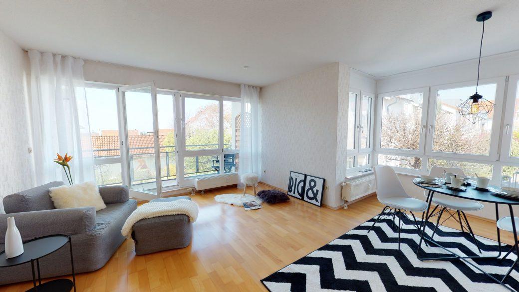 Helle-3-Zimmer-Wohnung-mit-Balkon-und-Einbaukuche-04132020_090205