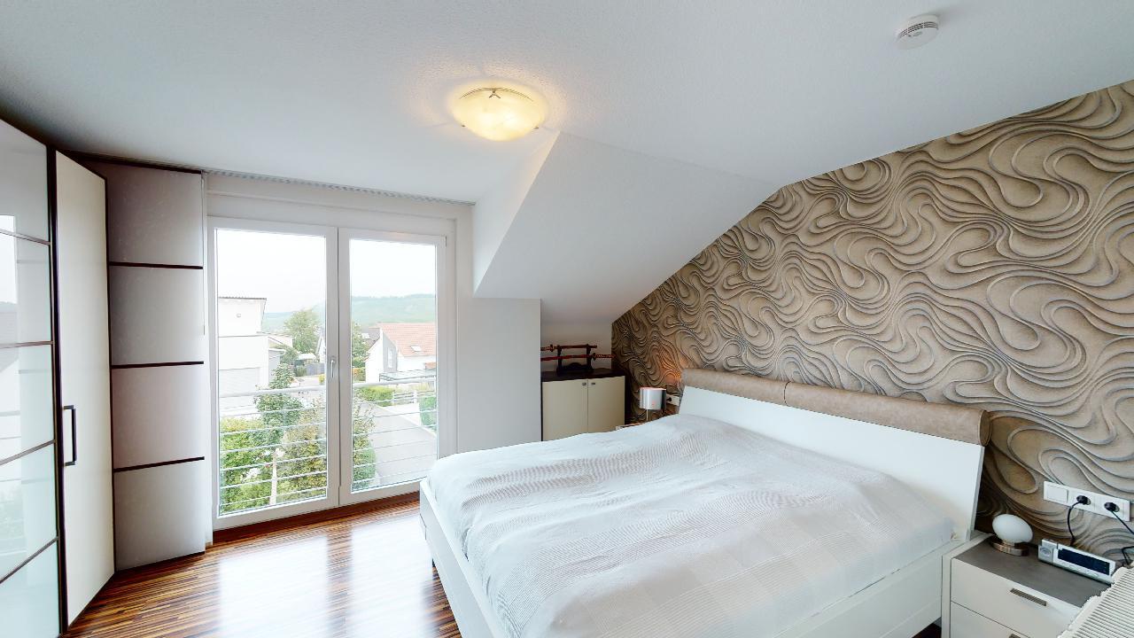 Schone-Wohnung-mit-Balkon-in-Steinheim-an-der-Murr-09142020_125524