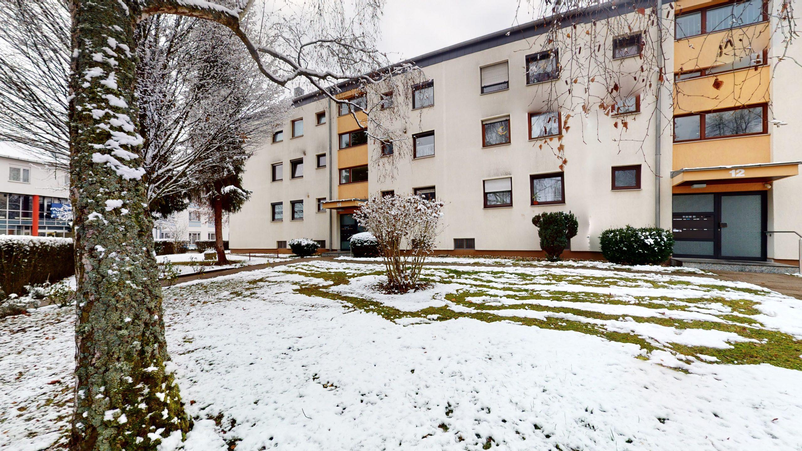 Schone-4-Zimmer-Wohnung-in-Sindelfingen-01112021_140832