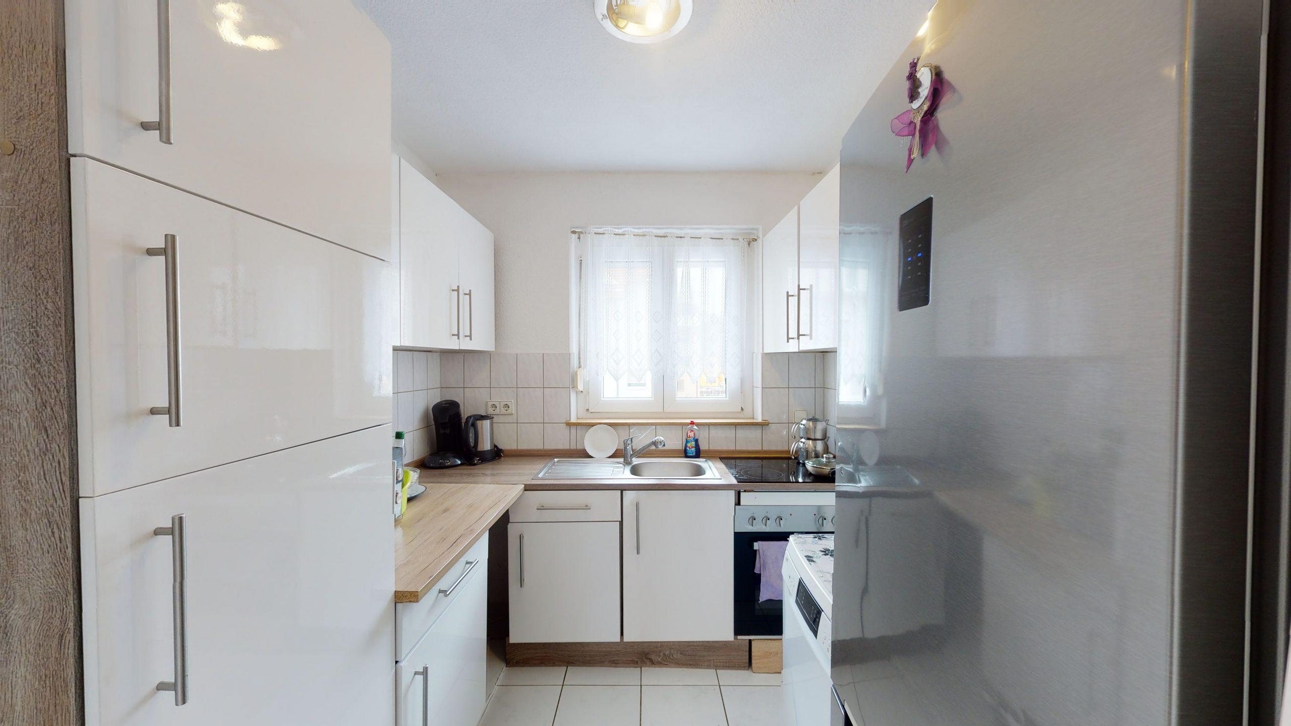Schone-4-Zimmer-Wohnung-mit-2-Balkonen-und-viel-Platz-in-Altbach-02162021_095534