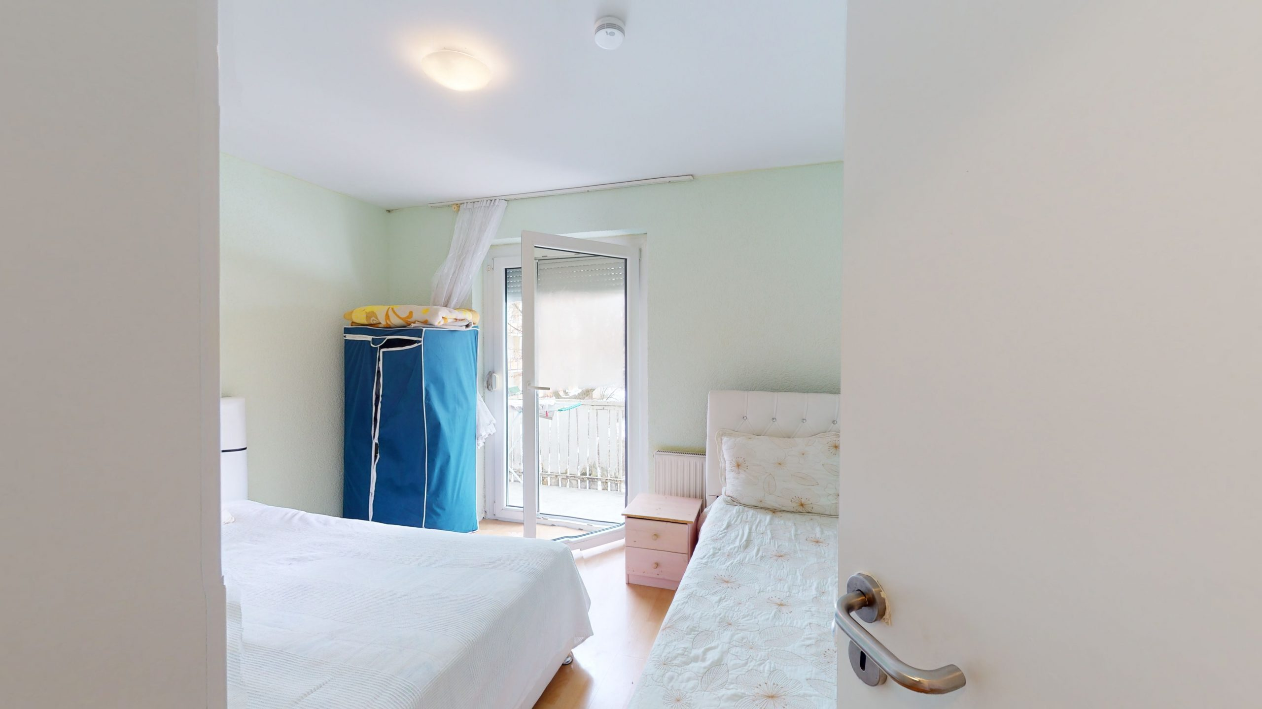 Schone-4-Zimmer-Wohnung-mit-2-Balkonen-und-viel-Platz-in-Altbach-02162021_101044